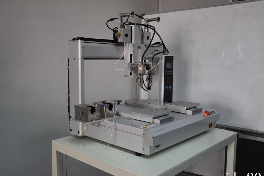 深圳市罗布特双头自动焊锡机, 高品质高效率,降低生产成本